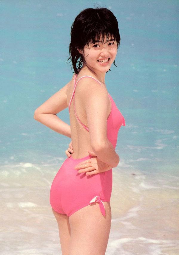荻野目洋子24