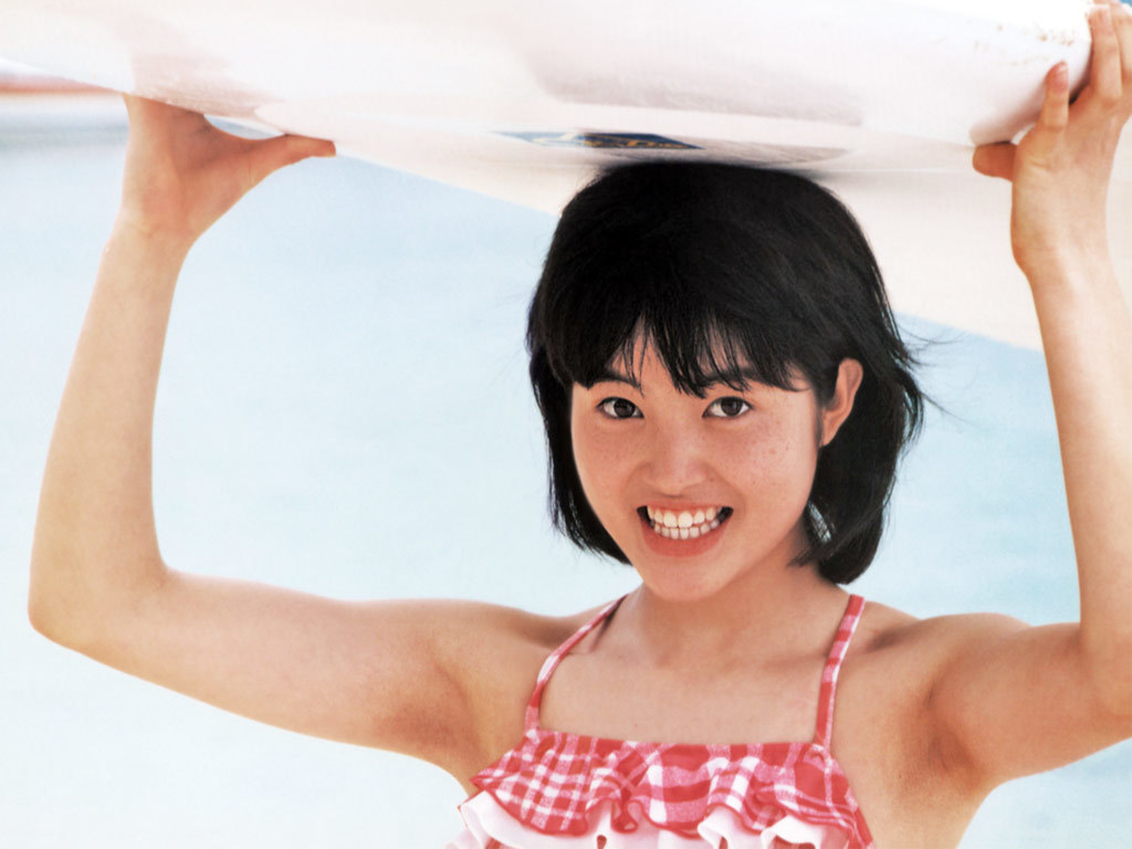 荻野目洋子44
