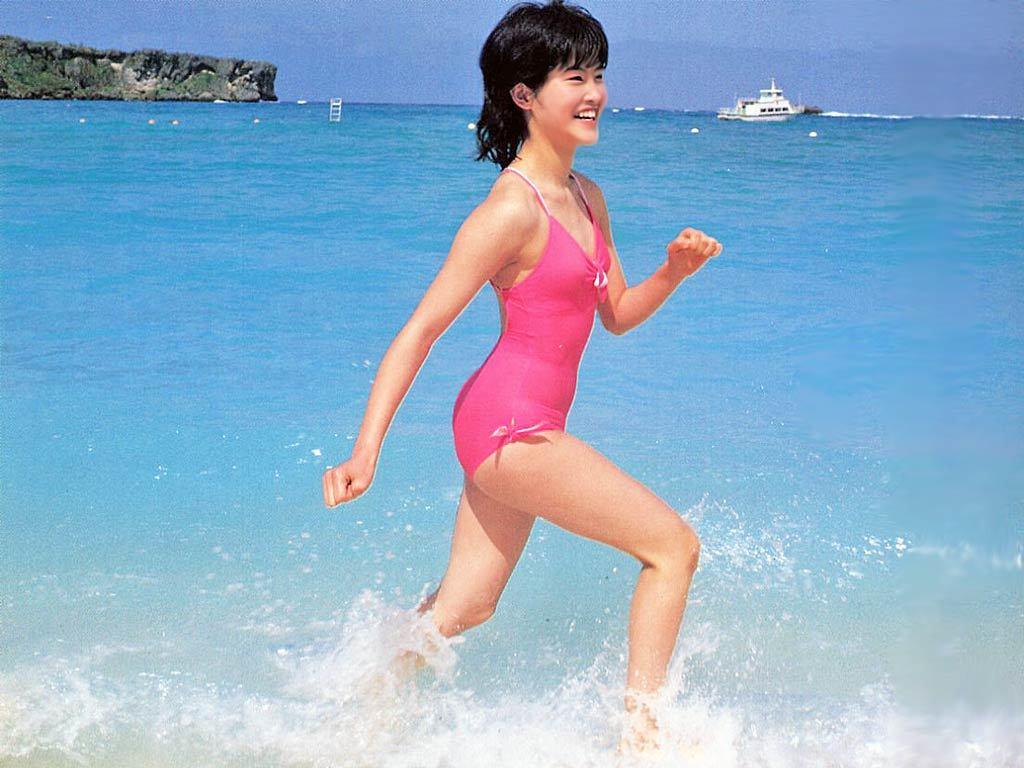 荻野目洋子47