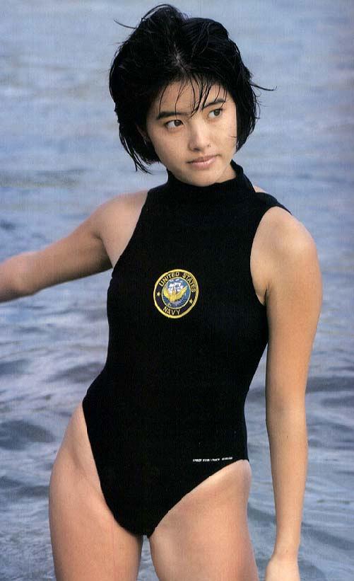 荻野目洋子52
