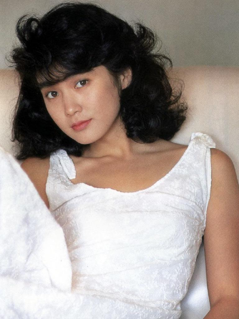 安田成美46