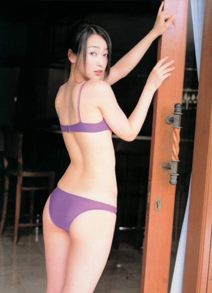 上野なつひ19
