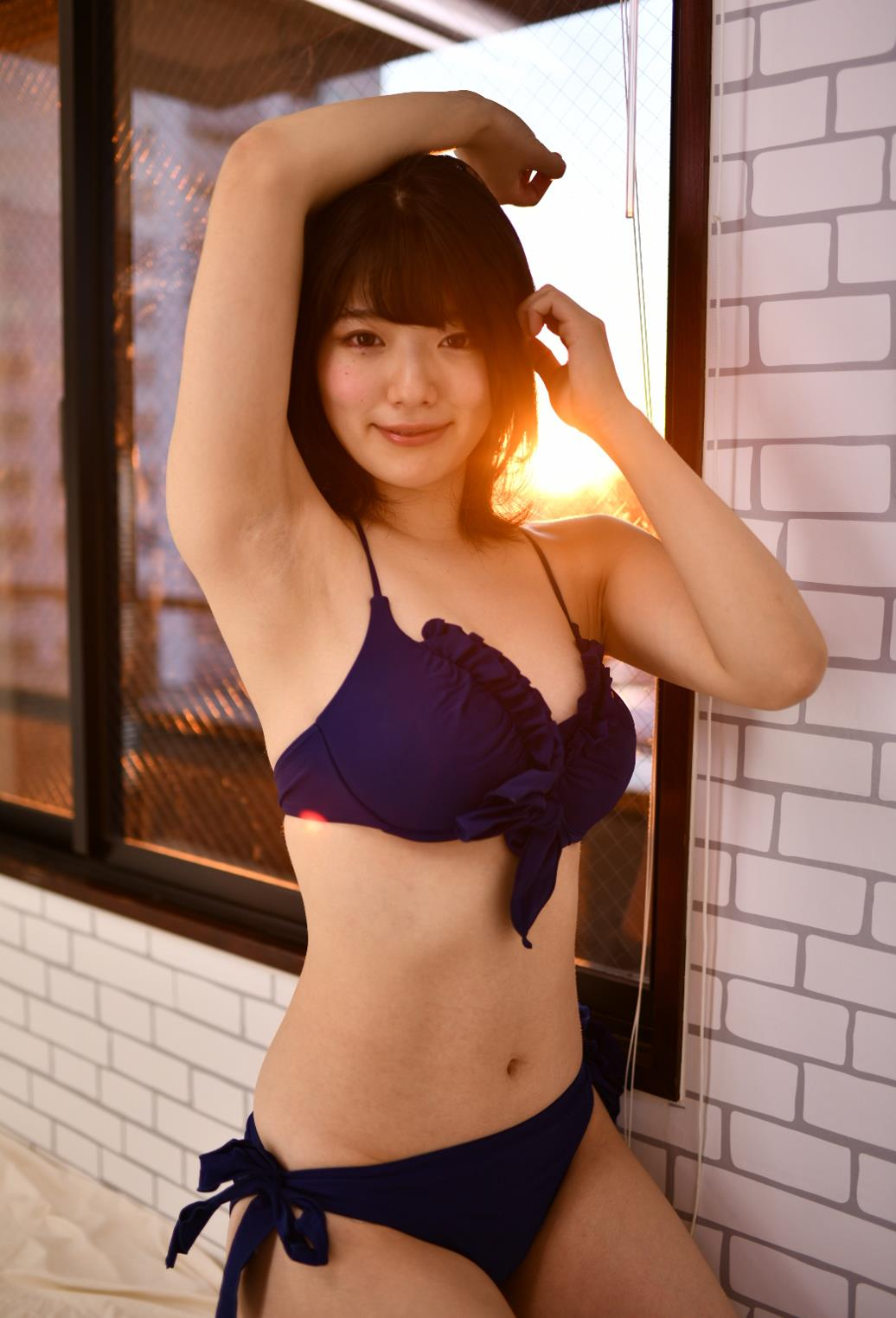 山田かなのツルスベボツ腋 (7)