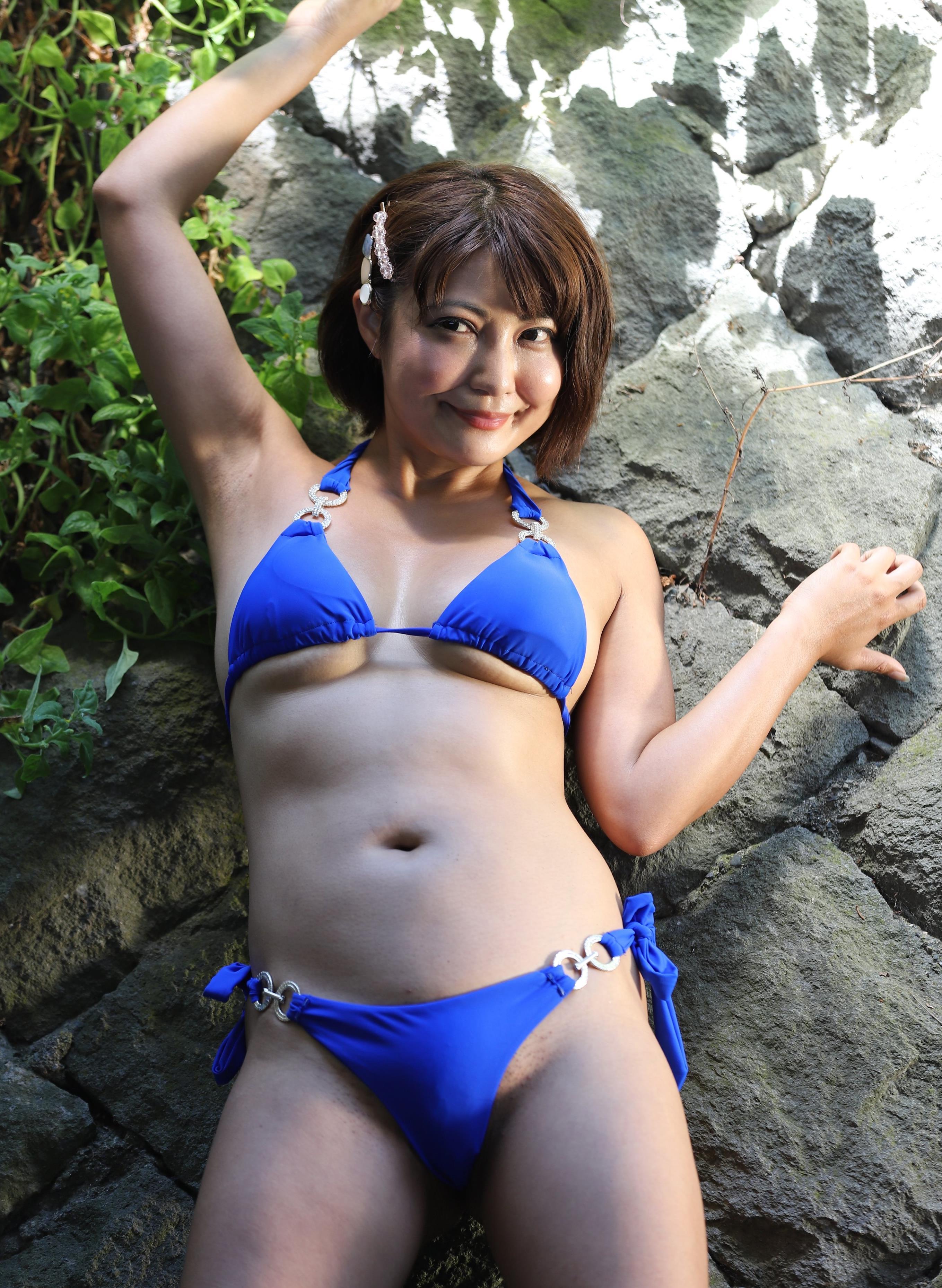 今村知可のジョリ腋 (37)