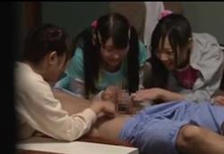 【痴女】ちびっ娘3人組が男湯に突撃Hなイタズラ!桃音まみる 早乙女らぶ 吉井みな1